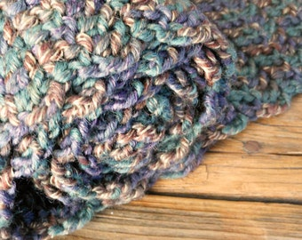 HeartLand - Handmade crocheted scarf