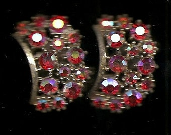 Old VINTAGE EARRINGS CLIP - On's