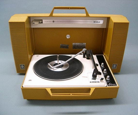 1970 Vintage General Electric WILDCAT Record Player Solid State Stereo with New Diamond Stylus WORKS Perfectly INCREDIBLE Condition