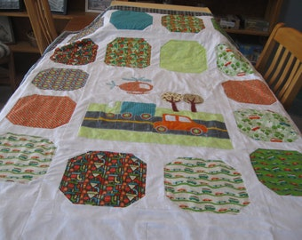 On the Go Twin Sized Quilt with Applique and Patchwork