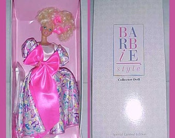 Barbie Limited Edition Collector Doll from 1990 -Original Box by Mattel -Gorgeous-New Condition