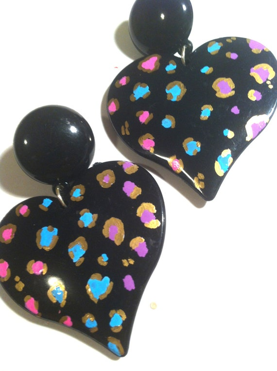 LEOPARD HEART GOLD black pink purple blue nyc retro chic candy pastel  love girly  oversized earring large big fashion wives enlarged size