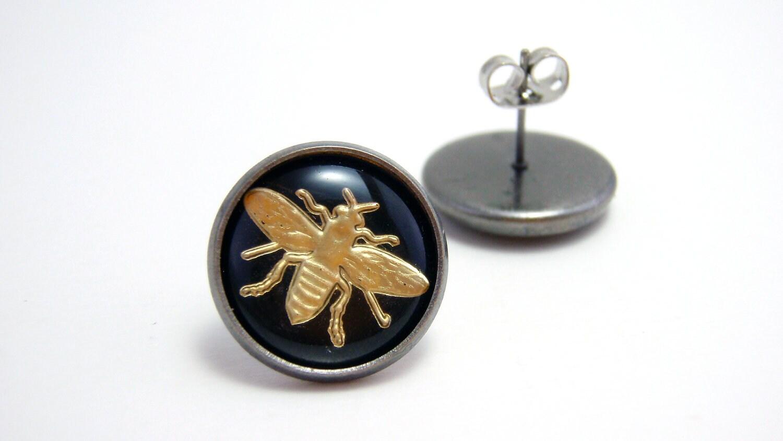 vintage inspired gold bee stud earrings gold by nightsrequiem
