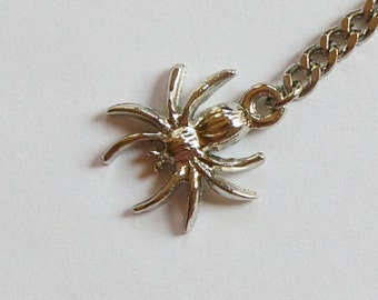 Vintage Silver Tone Spider Charm on Chain Drop mtl185