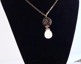 Jade Pendant Necklace, Jade Gemstone, Antique Brass Chain, Swarovski Crystal Jewelry, Chain Necklace, Charm Necklace, Pendant Necklace