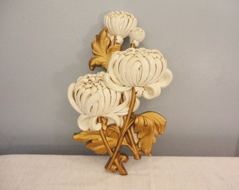 Vintage Wall Plaque Floral Mums in White and Metallic Gold