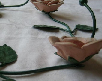Vintage Shabby Cottage Chic 4 Rose Hooks Mauve Pink Green