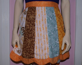 Pieced scalloped edge half apron