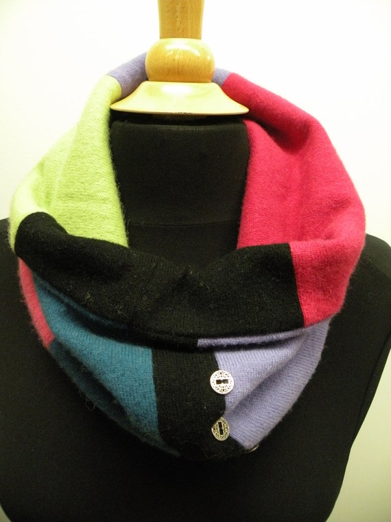 Recycled Cashmere Cowl Neck Scarf