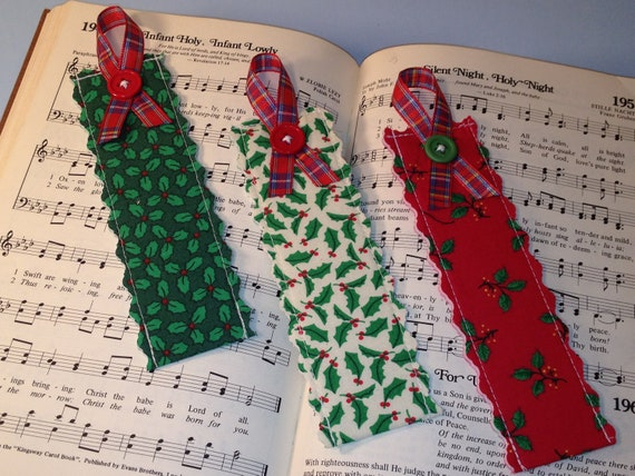 Christmas Eve, Holly Fabric Bookmarks, Christmas Stocking Stuffers, Page Markers, Tree Decoration, Party Favors, Secret Santa