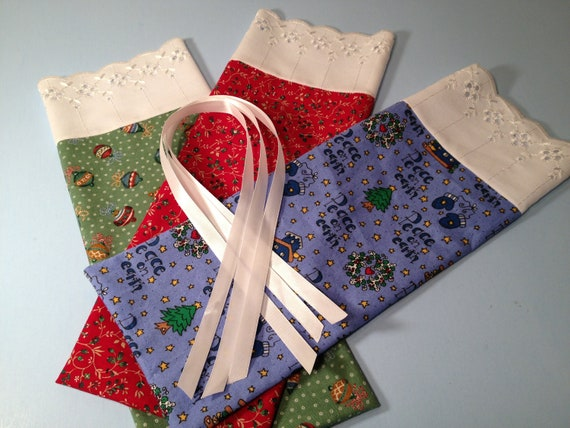 Christmas Gift Bags,  Fabric Bags, Lace Trim, Gift Wrap, Medium Pouches, Product Supply Bags, Bath and Beauty Bags, Stocking Stuffers