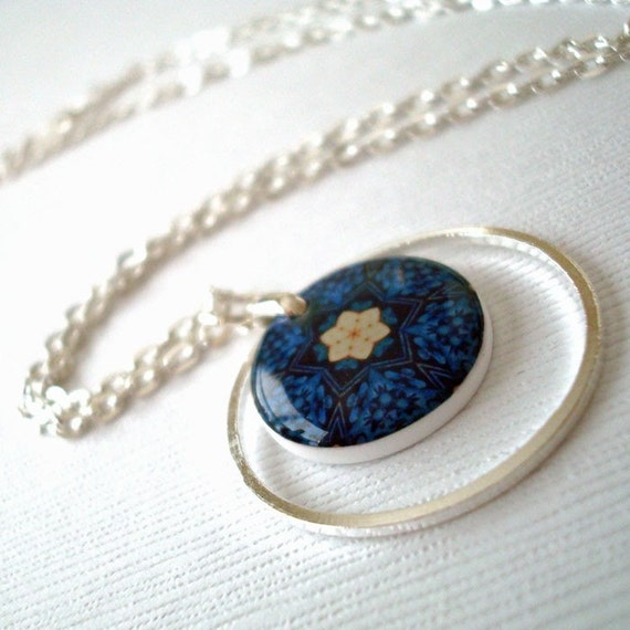 Blue kaleidoscope necklace, floral kaliedoscope, dark blue, cream, resin, forget me not , gifts under 25