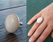 CYBER MONDAY SALE  White agate Ring, Artisan Ring, Gemstone Ring, Sterling silver Ring,cocktail ring