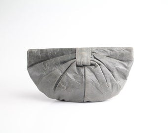 Letisse leather clutch bag | gray leather bow bag | vintage 1970s leather purse