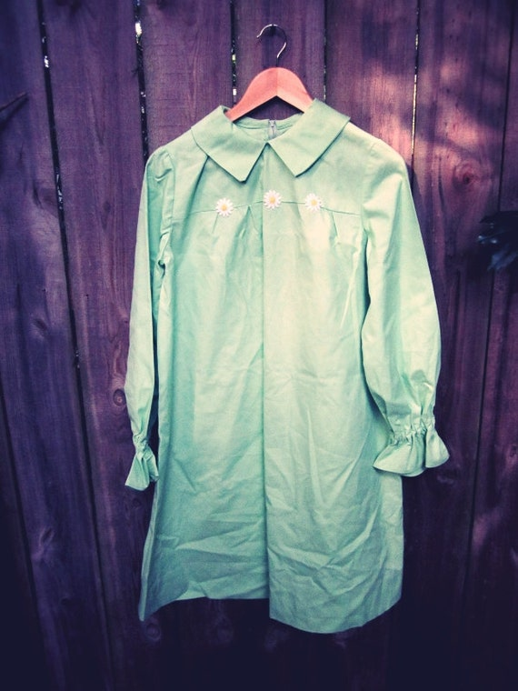 Mint Vintage Long Sleeve Daisy Dress - Floral - Mint Green - Pastel - Peter Pan Collar - Midi - Womens