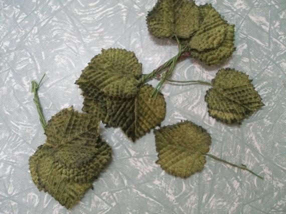 Small Rose Leaves plus tendrils (set of 5) Velvet Leaves for hair garland, hat decoration, or craft in green