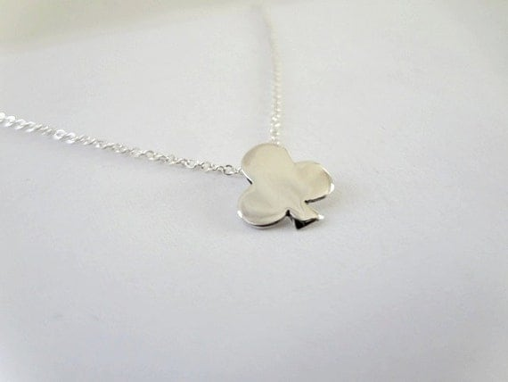 Sterling Silver Clover Necklace Silver club necklace Gifts for her Lucky charm necklace Silver clover pendant