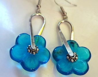 Flower  Earrings, blue earrings, Blue Flower Earrings