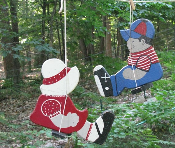 Vintage Sunbonnet Sue and Baseball Bill Wood Swingers - 1940s Yard Garden Handmade Decor - Shabby Cottage