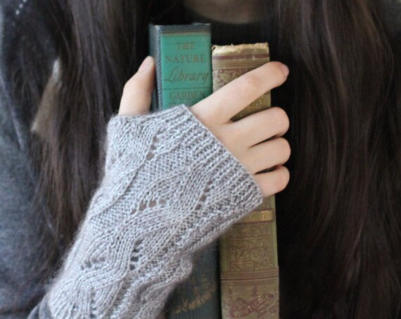 Gray / Grey Fingerless Gloves - Back to School - Soft and Warm - Cable Knit Wool