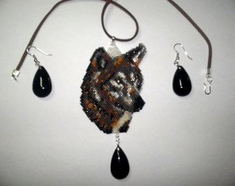 Brick Stitch Timber/Gray Wolf Delica Seed Beading PDF E-File Pendant  Pattern-296