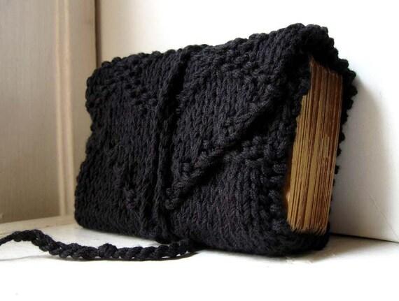 Knit Tarot Wrap - .   Diamante in midnight black