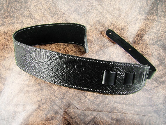 Leather Guitar Strap - Black Scales