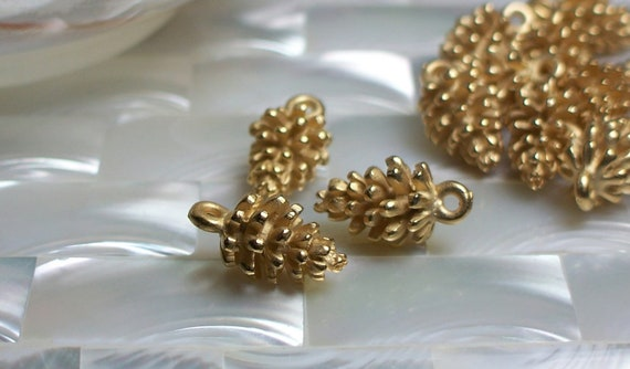 1pc Charm Pine cone Bead Matte Gold over Brass Nature Inspired Petite Jewelry Findings Jewellery Supplies