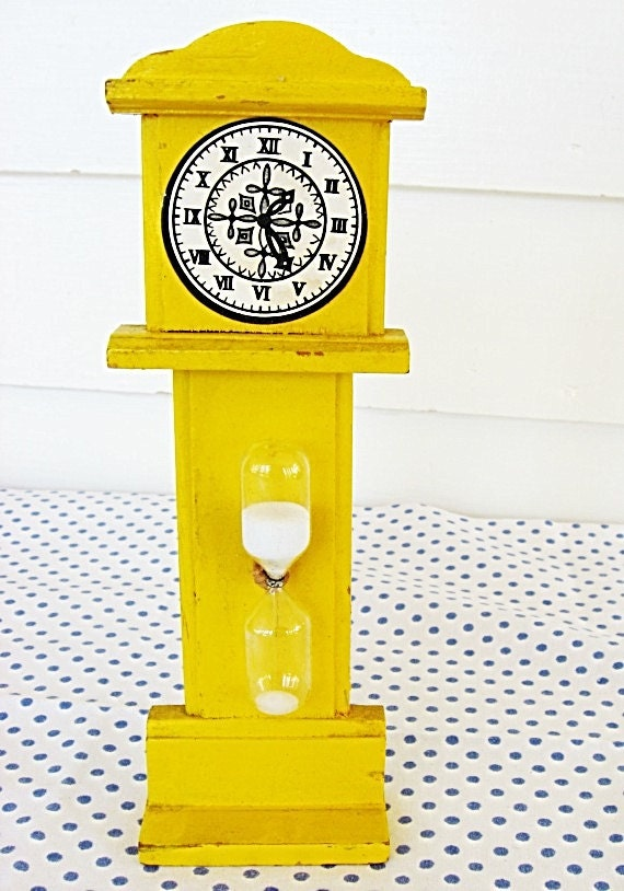 Vintage 1960's Bright Yellow Wooden Tall Grandfather Clock Form 3 Minute Timer, Kitchen, Eggs, Time