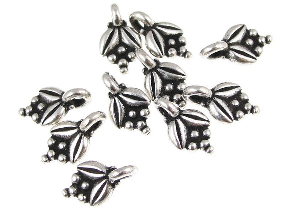 Silver Leaves Silver Charms Tiny Beaded Leaf Charms TierraCast Pewter Autumn Leaves Fall Jewelry Charms for Jewelry Making   (P328)