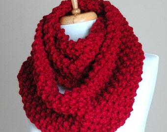 Chunky Hand Knit Infinity Scarf in Cranberry Red, Knitted Scarf, Circle Scarf, Women's Scarf, Winter Scarf, Red Scarf, Original Design