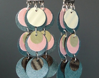 Paper earrings in pink and smokey gray