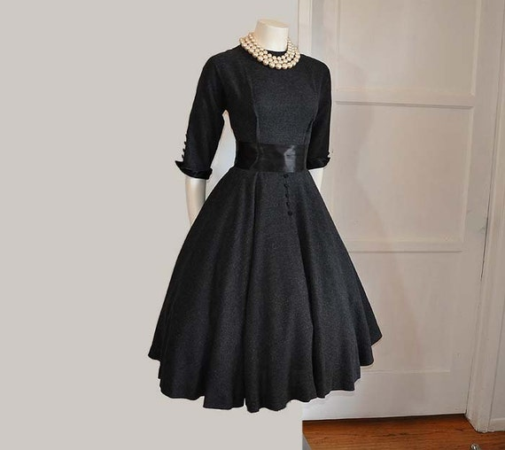 Vintage 50's Charcoal Grey Full Circle Skirt Crumb Catcher Belt Dress