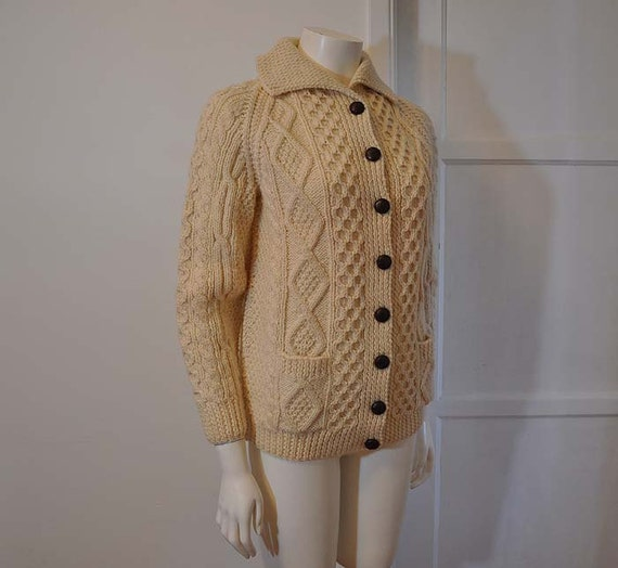 1970s sweater / Cozy Irish Vintage 70's Fishermans Knit Cardigan Sweater