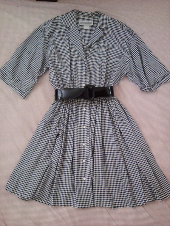 RESERVED ... Do Se Do ... Navy and White checkered dress with belt