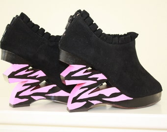 Hand Painted Wood Wedges in Black and Hot Pink Zebra, Womens Size 7