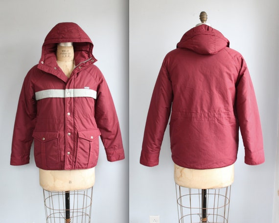vintage winter jacket. Small / extra small. Burgundy puffy coat. Wine red / 80s retro / 1980s Le Tigre / the WINE COOLER ski jacket