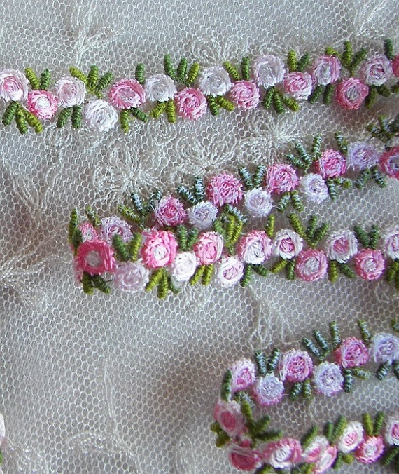 Embroidered Rose Bud Baby PINK WHITE Flower Ribbon Trim Scrapbook Reborn Doll Quilt Sewing Couture