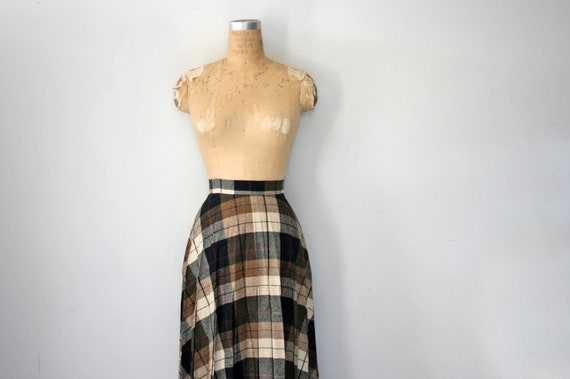SALE vintage 70s Sweet Black and Cream Pleated Plaid Wool Skirt No. 3