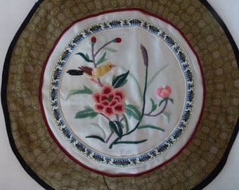 Vintage Chinese Silk With Flowers and Birds Round Doily Antique Home Decor Chinese Souvenir