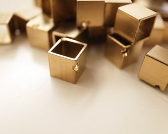 10 pieces of newly made cut raw brass tube cubic shape bead cap 5x5x5mm with one hole
