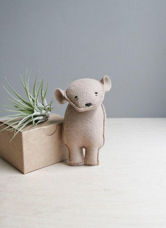 pocket bear / silas / brown bear