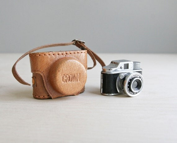 miniature crown spy camera & leather case