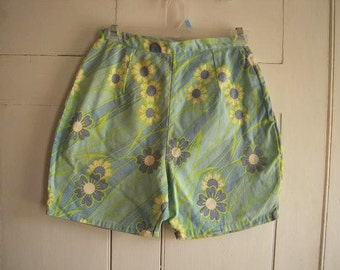 Vintage 1970s Mod High Waisted Cotton Jean Shorts Flower Power  Size 12 Mad Men