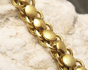 Chunky Wide Link Bracelet Vintage Jewelry B4696