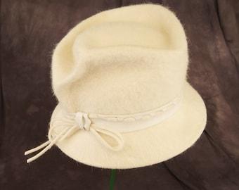 Vintage Cream Merrimac Merri-Soie Hat