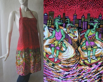 Awesome skateboarding lizards and cityscape apron 1980's / 1990's