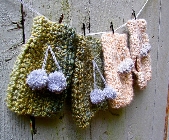 CROCHET PATTERN Fingerless Gloves/Mitts with PomPoms