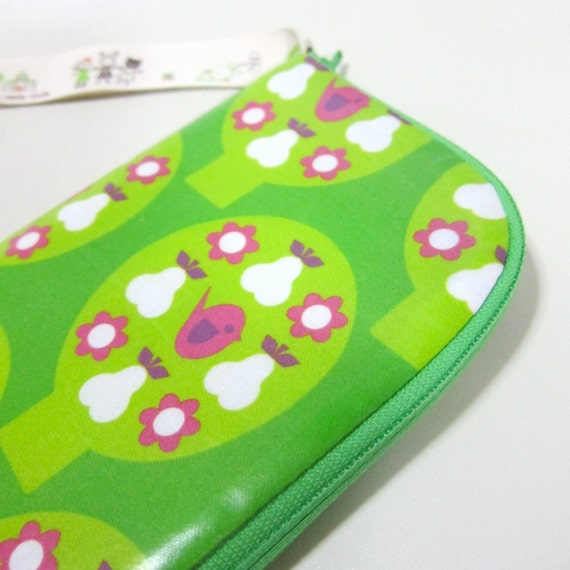 Samsung galaxy note zipper pouch (also for passport)-  laminated pink birdies on trees from Spoonflower