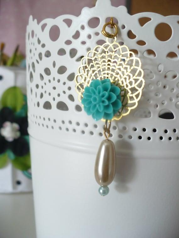 Hijab Pin ( Blooming Peacock )